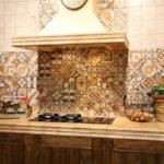 Плитка пэчвок для создания интерьера на кухне